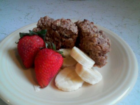 Heart Happy Oatmeal Applesauce Muffins