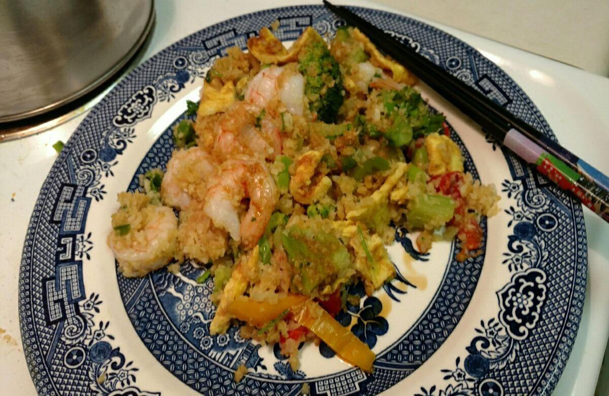 Low carb shrimp fried cauliflower rice