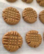 Gluten Free 3 Ingredient Peanut Butter Cookies