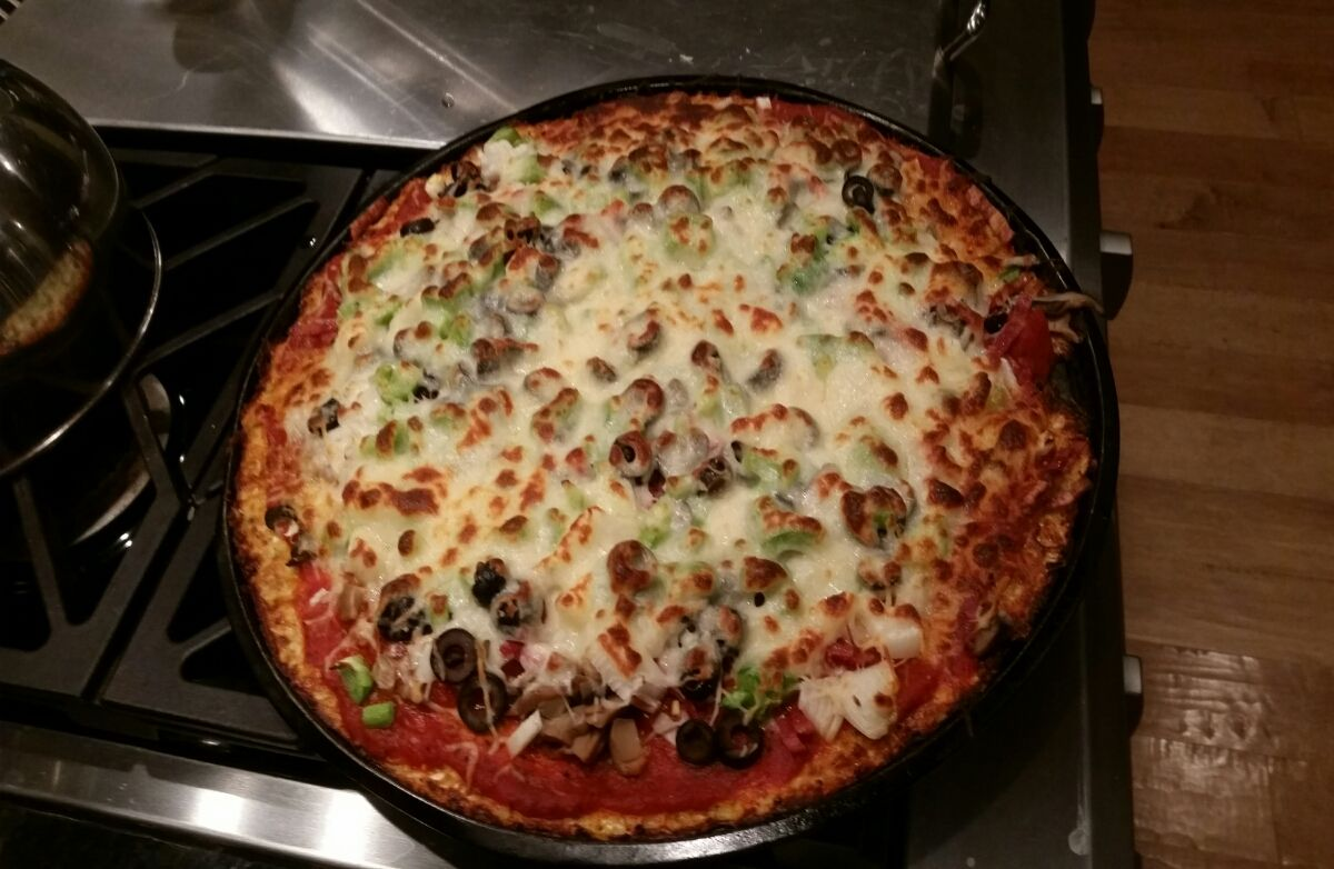 Lori's cauliflower pizza