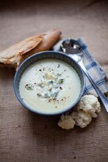 Coliflower blue cheese soup
