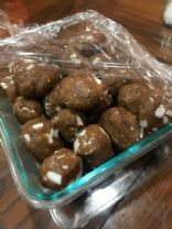 Almond butter protein balls with coconut