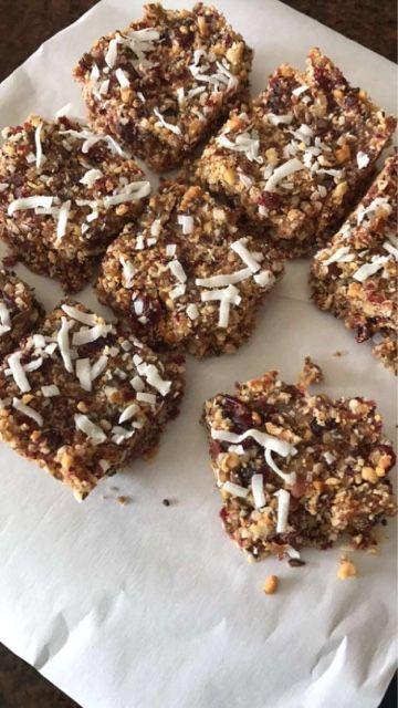 Almond coconut cranberry energy bars