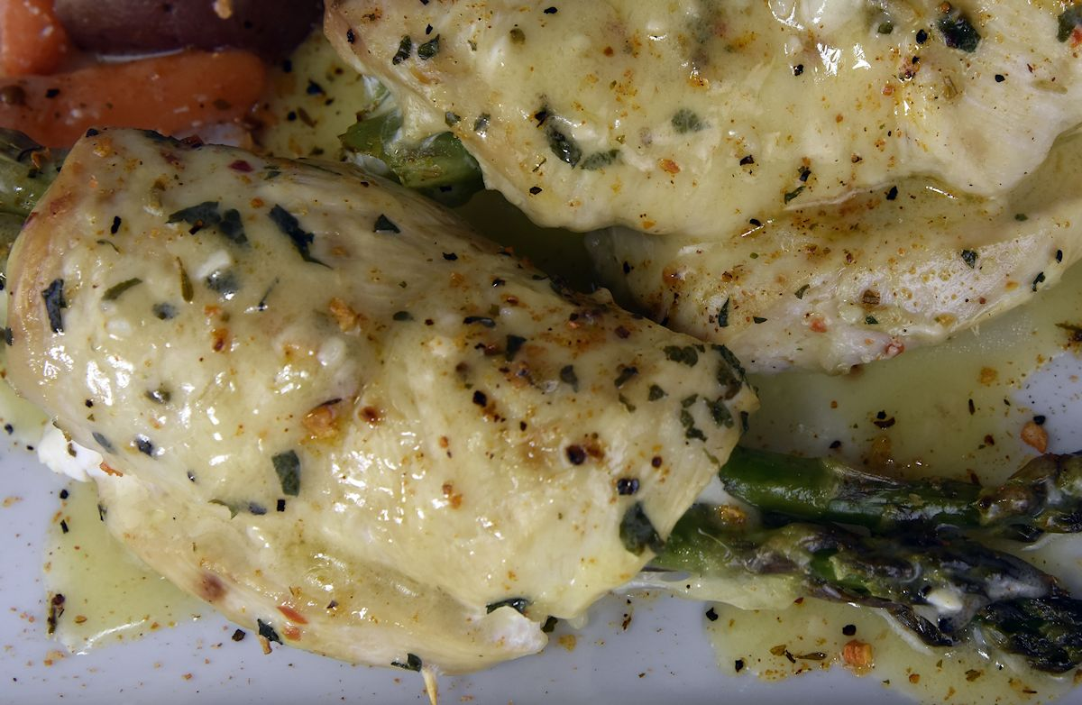 Baked Chicken Breast with Swiss Cheese and Asparagus