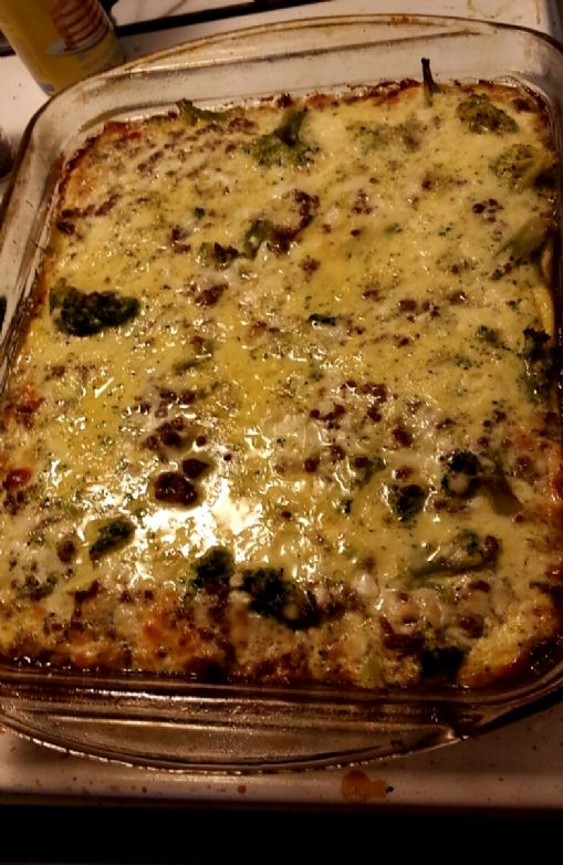 Cheeseburger broccoli pie