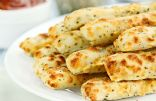 Cheesy Garlic Cauliflower Breadsticks