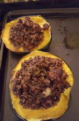 Chicken,apple,quinoa stuffed acorn squash