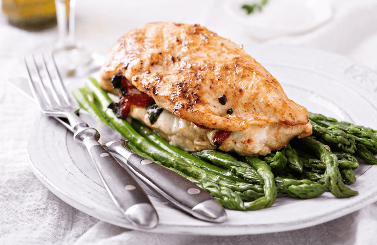 Tomato-Mozzarella-Stuffed Chicken Breast