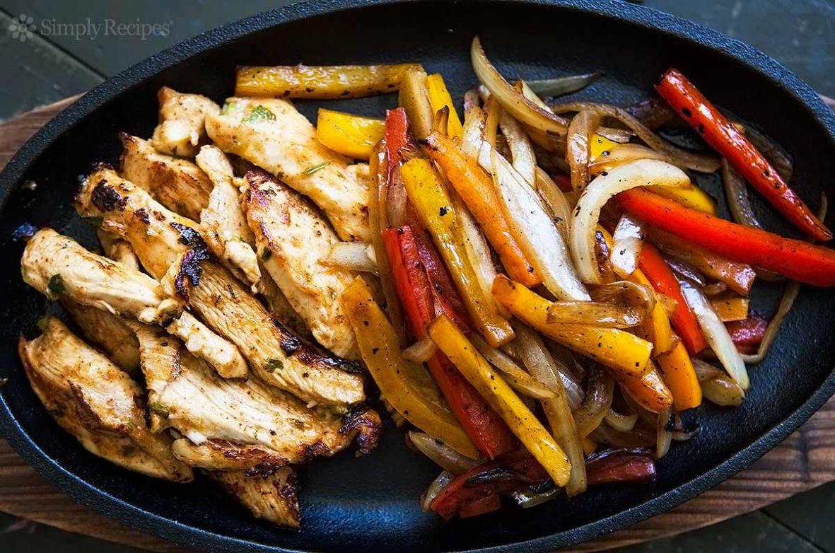 Chicken-Peppers- & Onion Fajitas