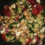Chickpea summer salad with cucumber, tomato & feta