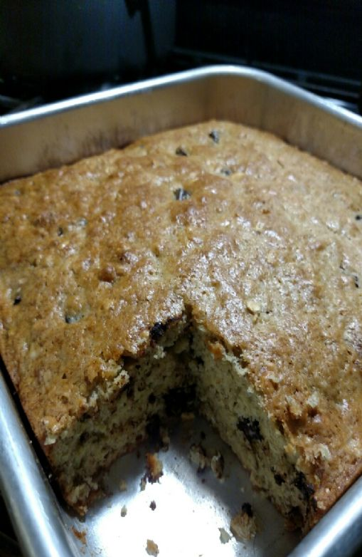 Chocolate Chip Banana Bread (with pecans)