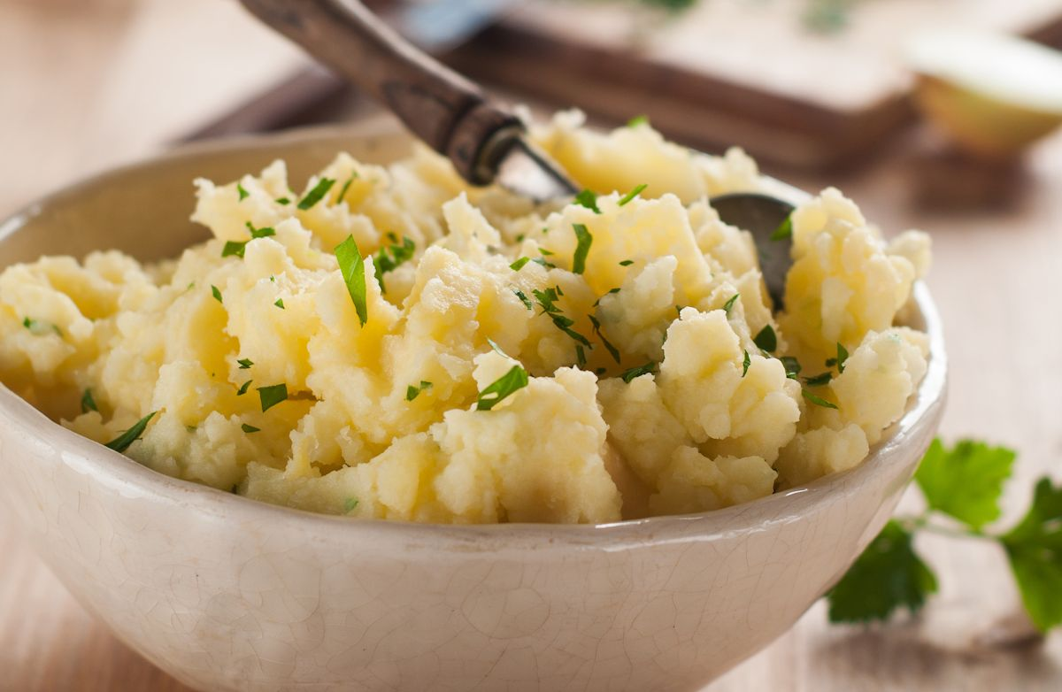 Creamy Parmesan Mashed Potatoes with Greek Yogurt