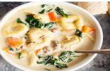 Creamy spinach tortellini soup