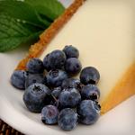 Atkins Creamy Cheesecake with Macadamia and Pine Nut Crust