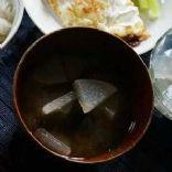 Daikon Wakame Miso Soup
