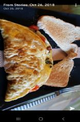 Den omelet with ham