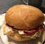 Egg White, Cheddar and Turkey Bacon Breakfast Sandwich
