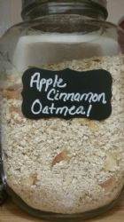 Homemade Apple Cinnamon Oatmeal