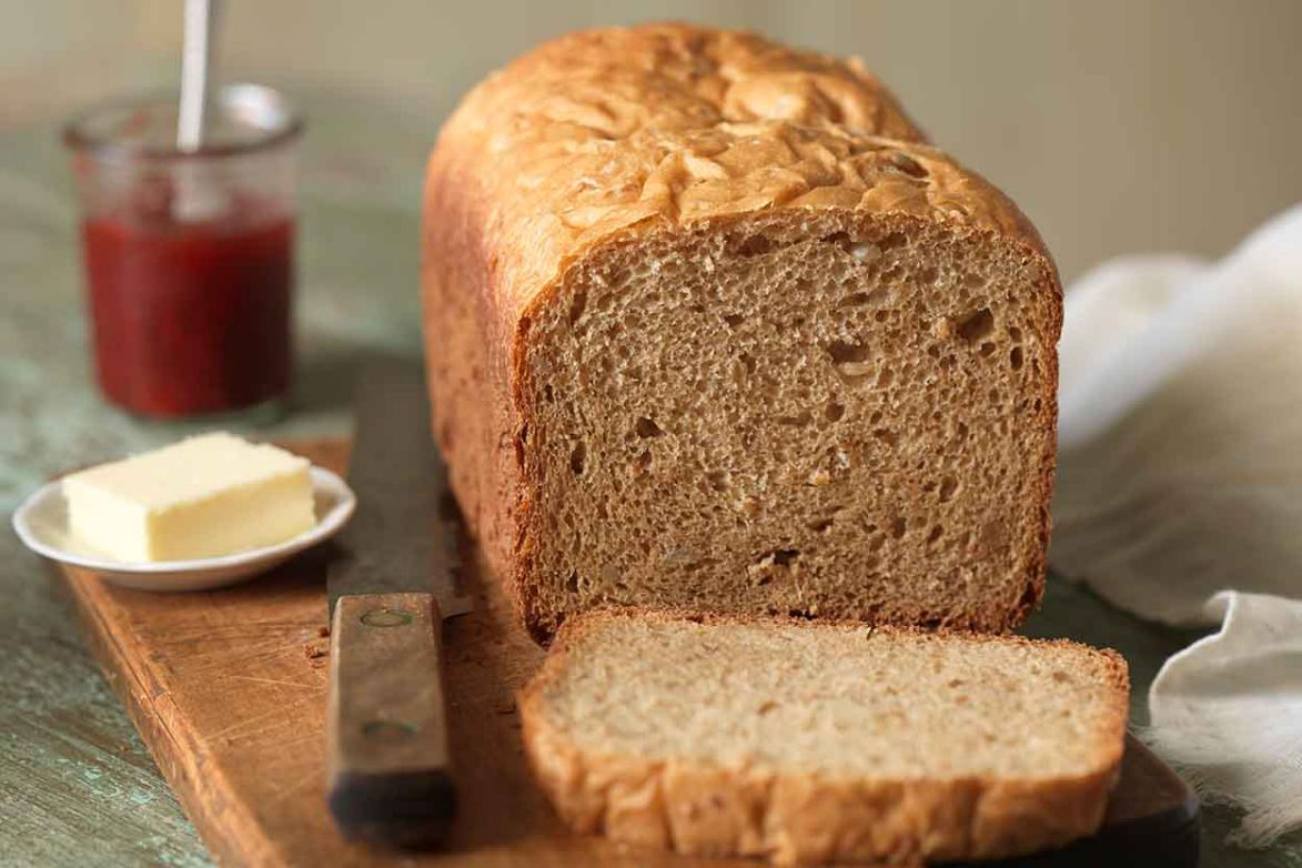 King Arthur Whole Wheat Bread Machine loaf