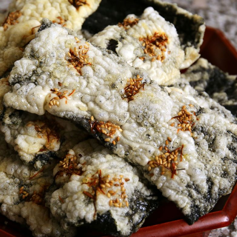 Korean seaweed chips (Gim-bugak)