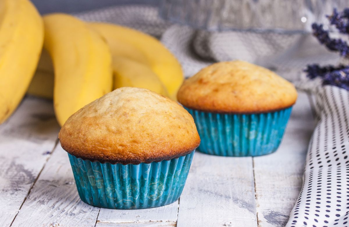 Low-Calorie Banana Muffins