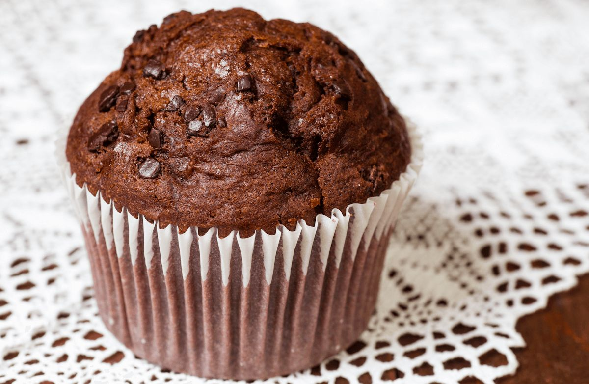 Low-Fat Dark Chocolate Muffins