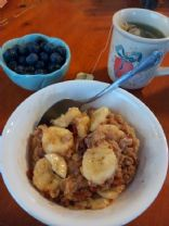 Maple Cinnamon Oatmeal with Banana