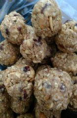 No-bake Oatmeal cookie power balls