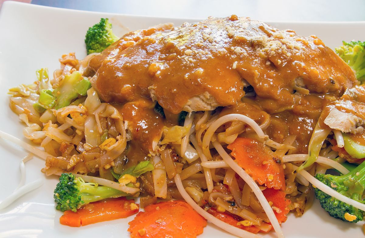Noodles with Easy Peanut Sauce