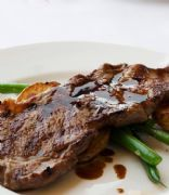 Slim Fast Healthy Recipes: Pan-Seared Beef with Warm Vinaigrette