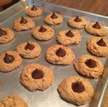 Peanut butter kiss cookies gluten free