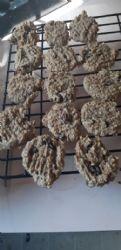 Peanutbutter Banana Oatmeal Raisin Cookies