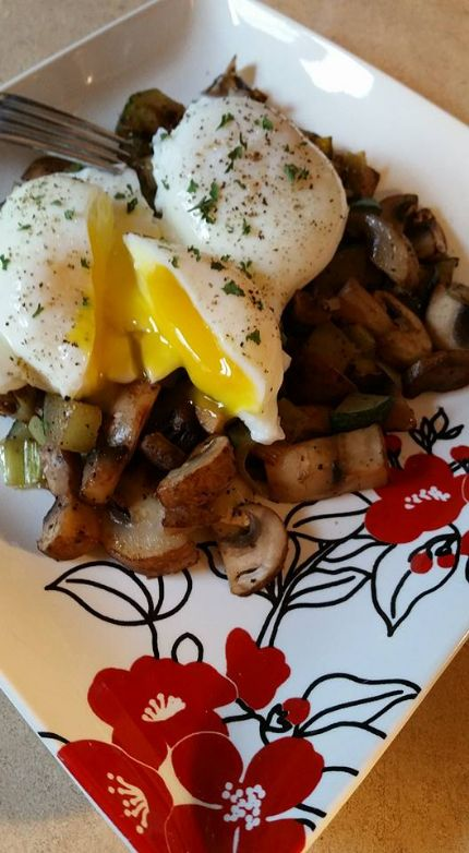 Poached eggs with sauteed leeks, mushrooms, and zucchini