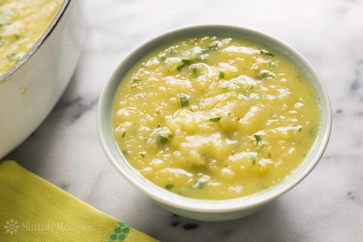Potato, Leek and Chicken soup (with a kick)