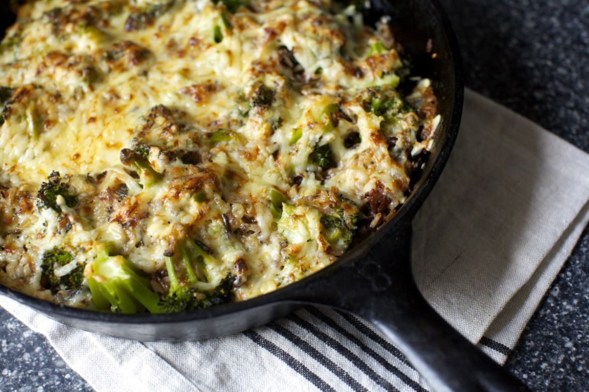 Quick and Easy Cheesy Chicken Broccoli and Rice Casserole