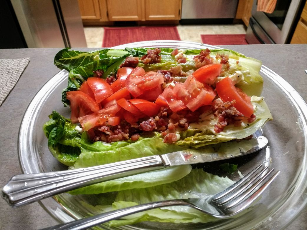 Romaine Hearts with Bacon Crumbles and Tomato