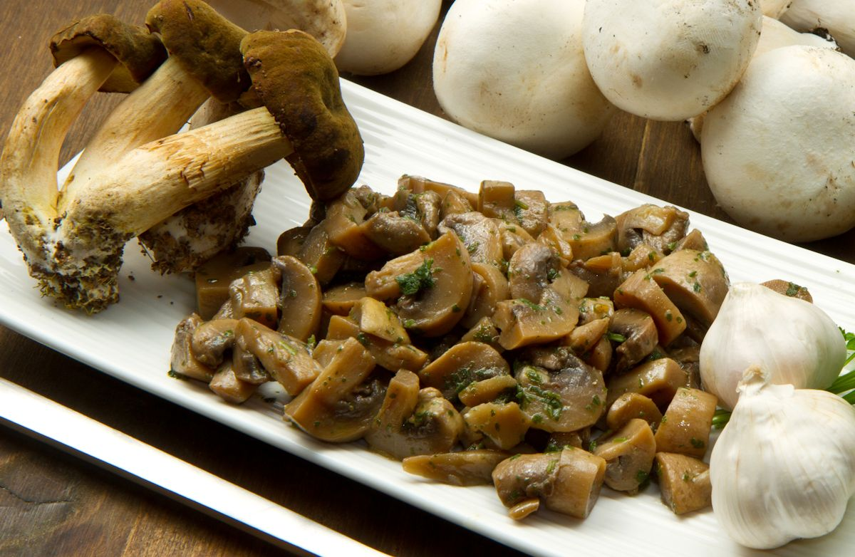 Sauteed Garlicky Mushrooms Recipe | SparkRecipes
