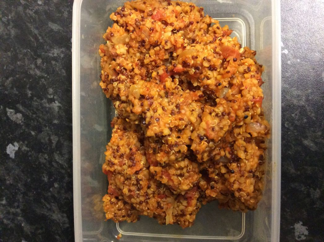 Side dish with bulgur wheat and quinoa