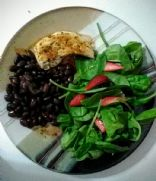 Simple low cal strawberry-cran spinach salad for 1