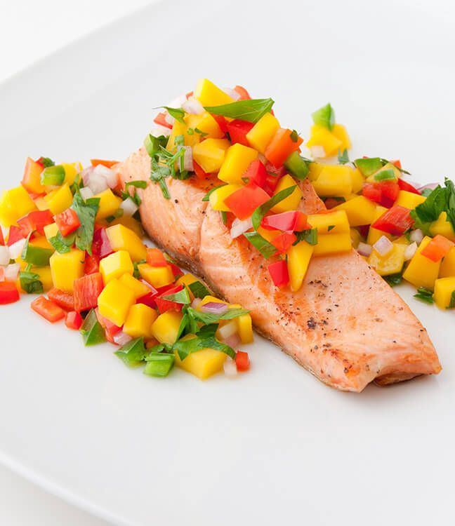 Slim Fast Healthy Recipes: Grilled Salmon with Spicy Tropical Salsa