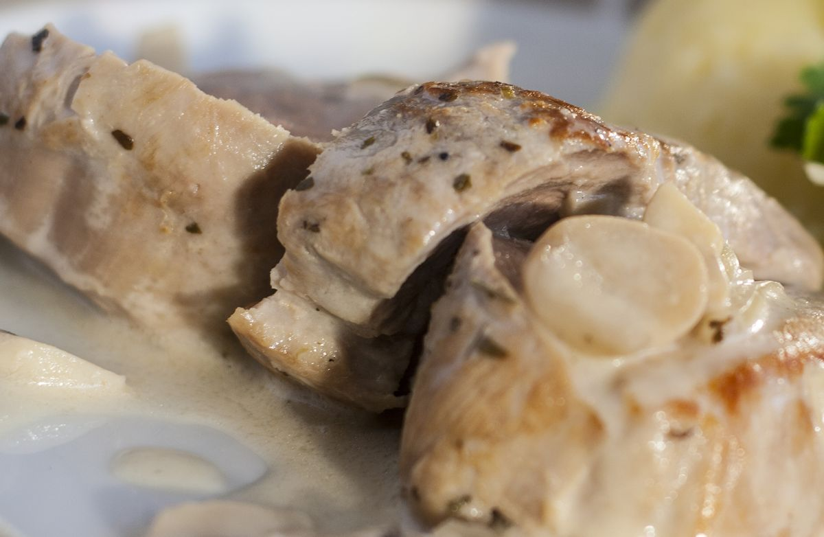 Slow Cooker Pork Loin with Creamy Sauce