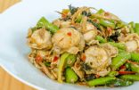 Spicy Stir-Fry Scallops