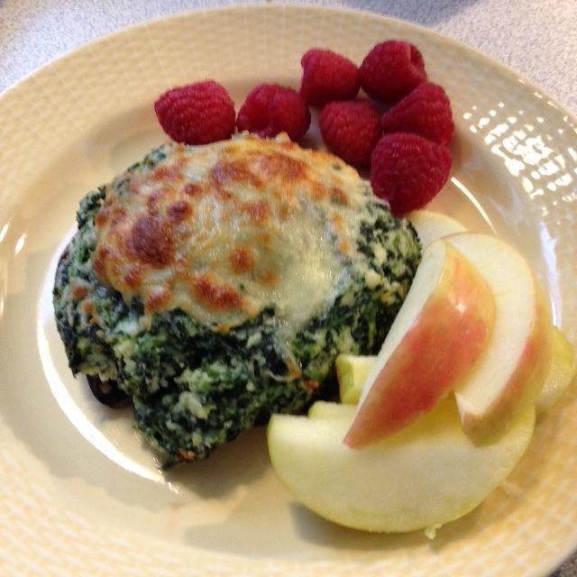Spinach & Ricotta Baked Stuffed Portabella Mushroom Caps