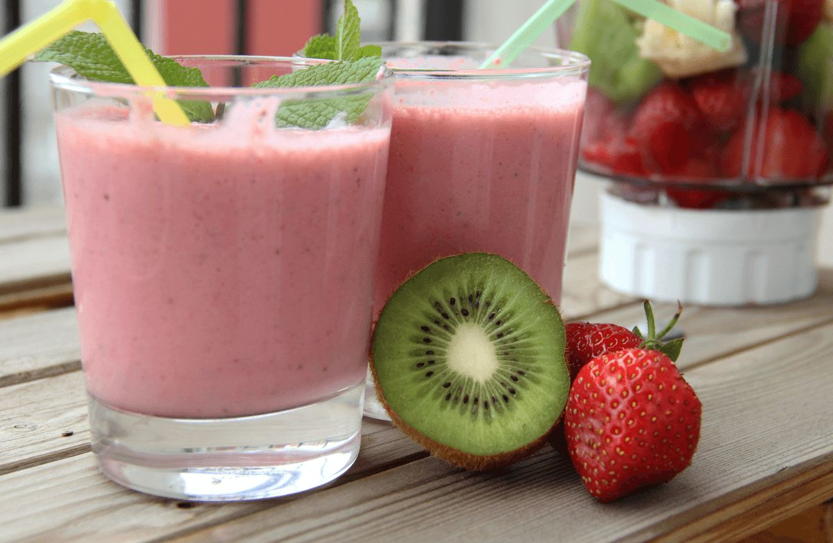 Strawberry Kiwi Smoothie Recipes | SparkRecipes