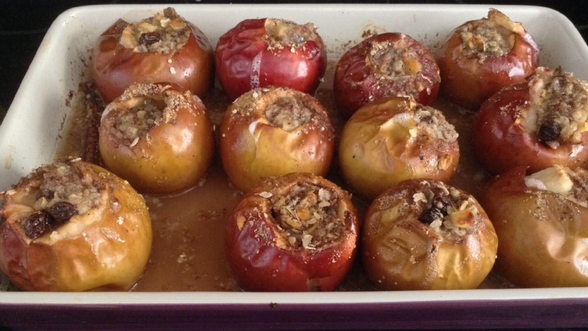 Stuffed Baked Apples
