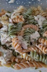 Tuna veggie noodle salad