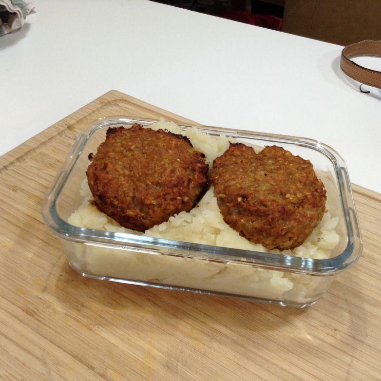 Veggie-full Turkey Meatball Muffins