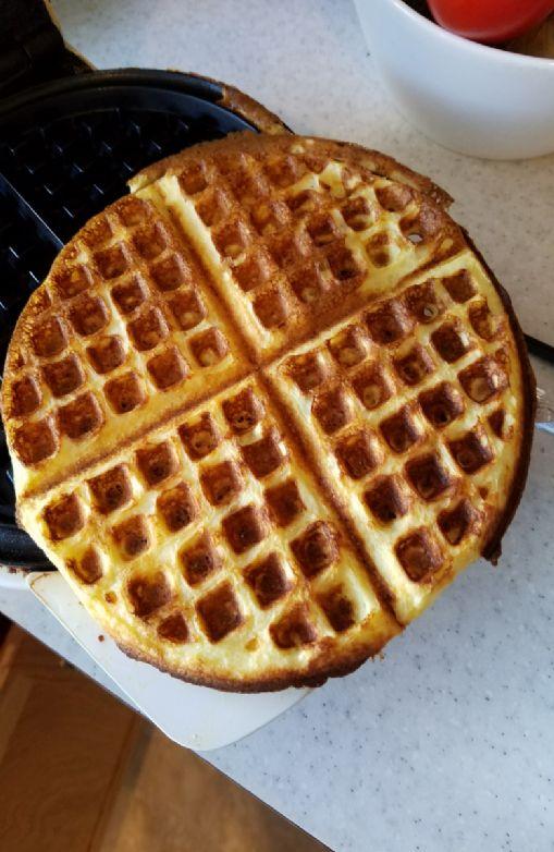 Waffles,  low carb low calorie (half recipe)