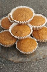 Whole wheat pumpkin pie muffins