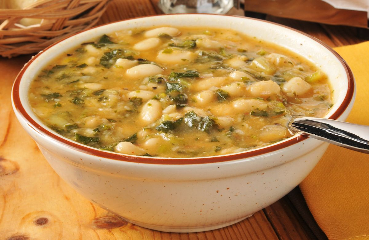 White Bean And Sausage Soup Winter white bean and italian sausage soup ...